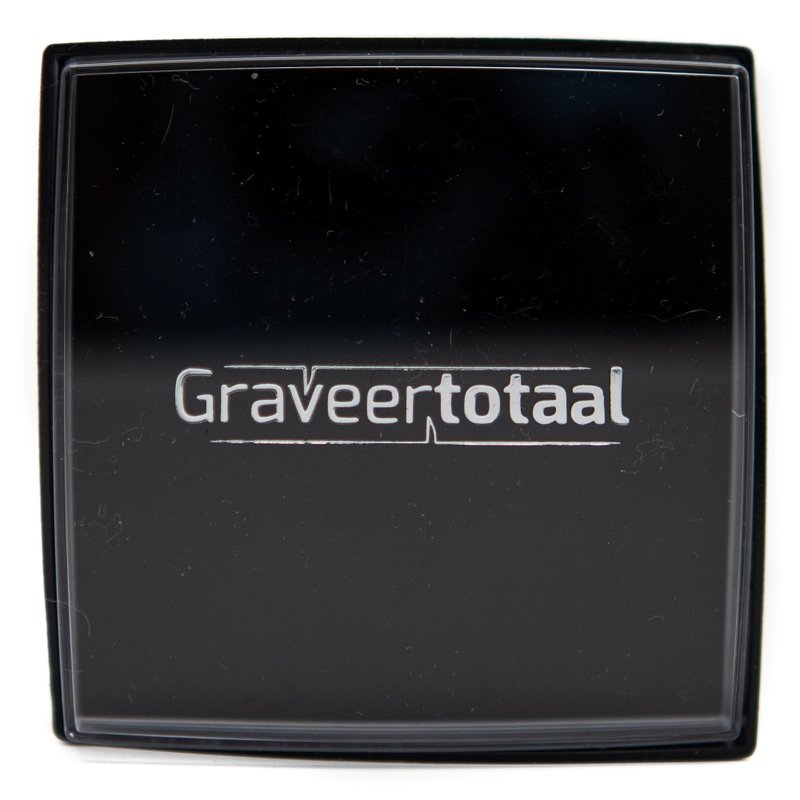 Gift box met transparante deksel met graveertotaal bedrukking