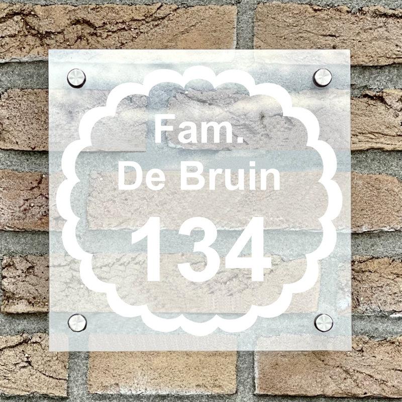 Naambordje voordeur vierkant 17 transparant bordje met witte tekst