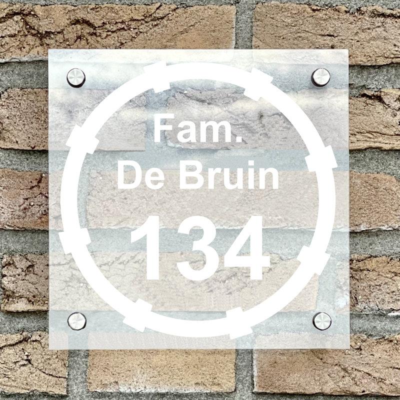Naambordje voordeur vierkant 14 transparant bordje met witte tekst